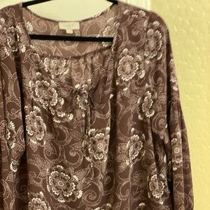 Beautiful blouse for anytime wear